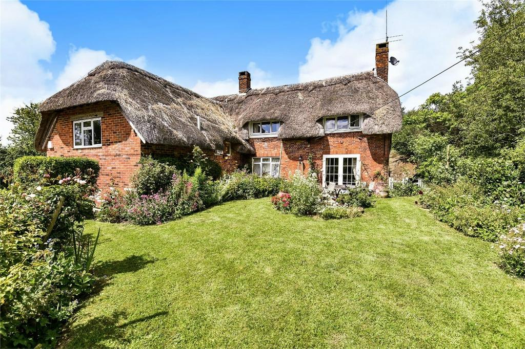 4 Bedrooms Detached House for sale in Itchen Stoke, Alresford, Hampshire