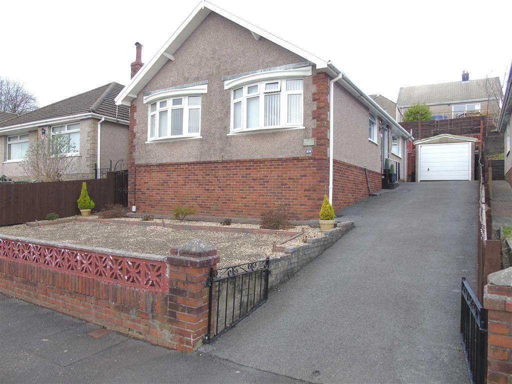3 Bedrooms Detached Bungalow for sale in Gelli Fawr Road, Treboeth, Swansea