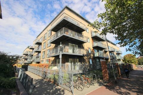 1 bedroom apartment to rent - Keynes House, Kingsley Walk
