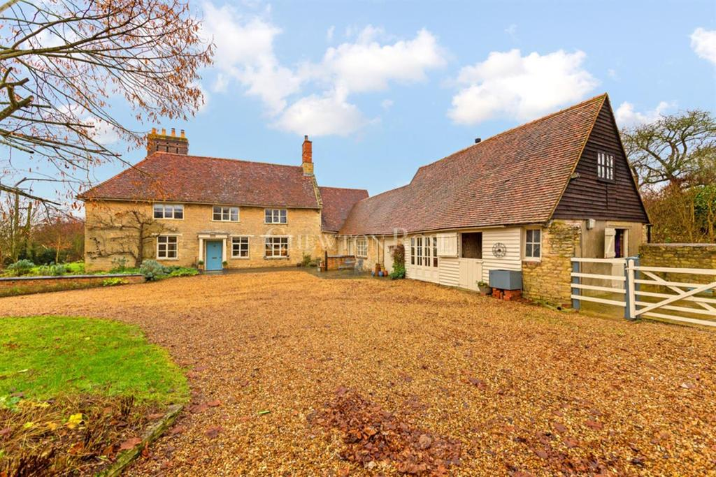 6 Bedrooms Farm House Character Property for sale in Wicken