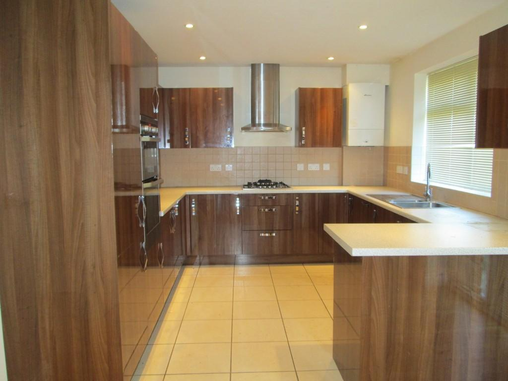 3 Bedrooms Detached House for rent in Laburnum Avenue, Drayton