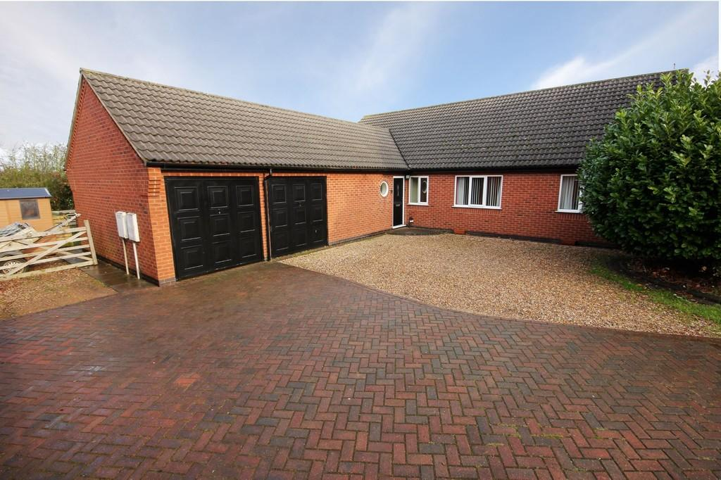 5 Bedrooms Detached House for sale in Sowters Lane, Burton-on-the-Wolds
