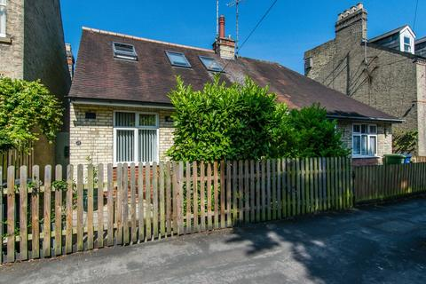 3 bedroom chalet to rent - Belvoir Road, Cambridge