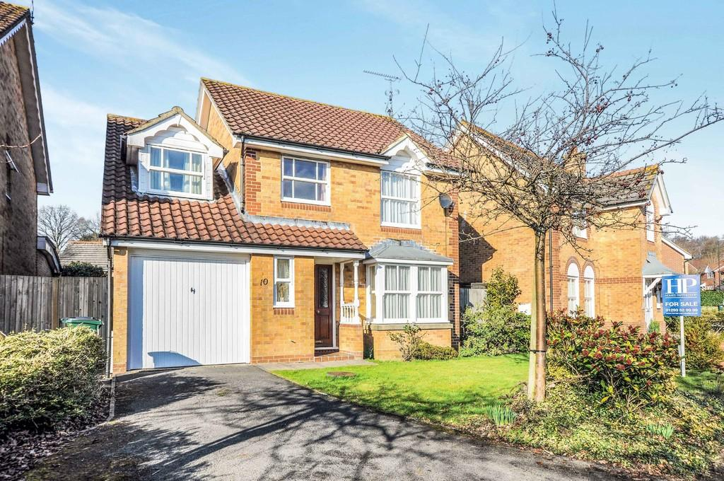 4 Bedrooms Detached House for sale in Westminster Road, Maidenbower