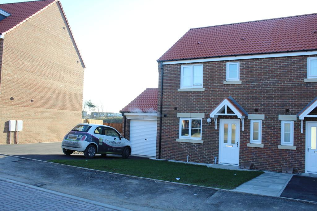 3 Bedrooms Semi Detached House for sale in Mulberry Wynd, Stockton-on-Tees, TS18