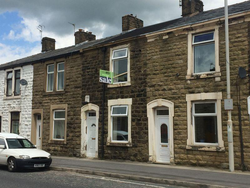 3 Bedrooms Terraced House for sale in Whalley Road, Accrington