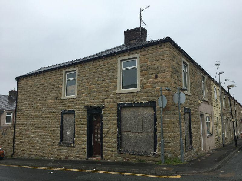2 Bedrooms Terraced House for sale in Royds Street, Accrington