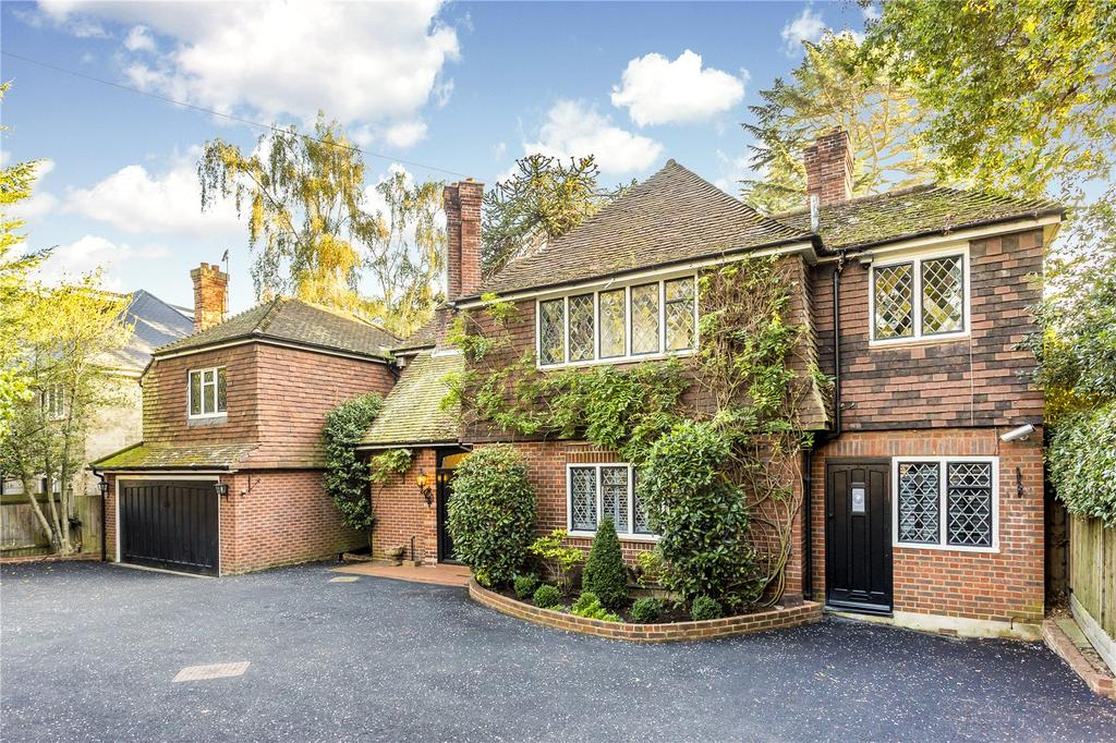 5 Bedrooms Detached House for sale in Coombe Lane West, Kingston upon Thames, Surrey, KT2