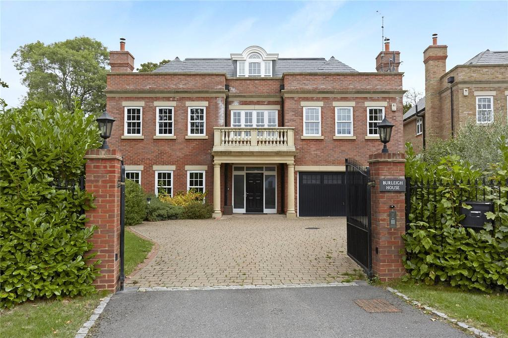 6 Bedrooms Detached House for sale in Hillview Road, Claygate, Esher, Surrey, KT10
