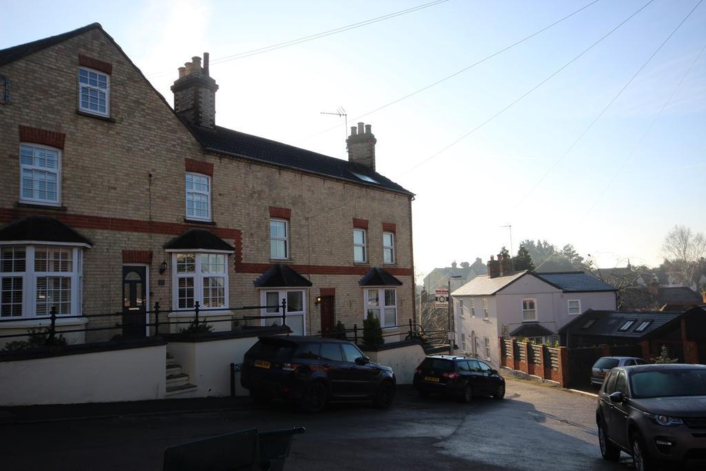 3 Bedrooms Semi Detached House for sale in Chapel Lane, Ampthill, Bedford, MK45