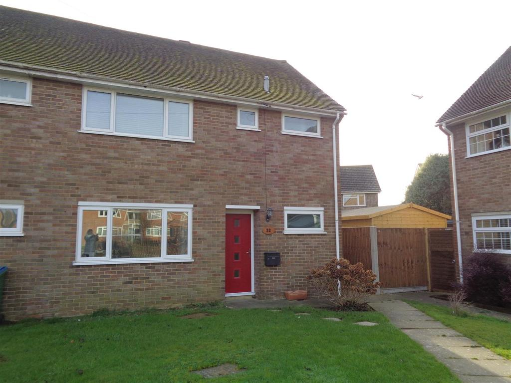 3 Bedrooms Semi Detached House for sale in Mill Park Road, Nyetimber
