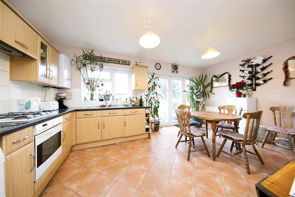 4 Bedrooms Terraced House for sale in Waldegrave Road
