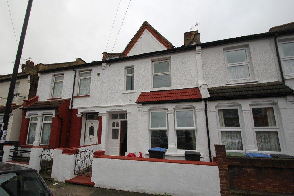 3 Bedrooms Terraced House for rent in Kingsway, Enfield, EN3