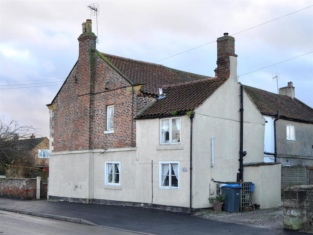 3 Bedrooms House for sale in South Kilvington, Thirsk