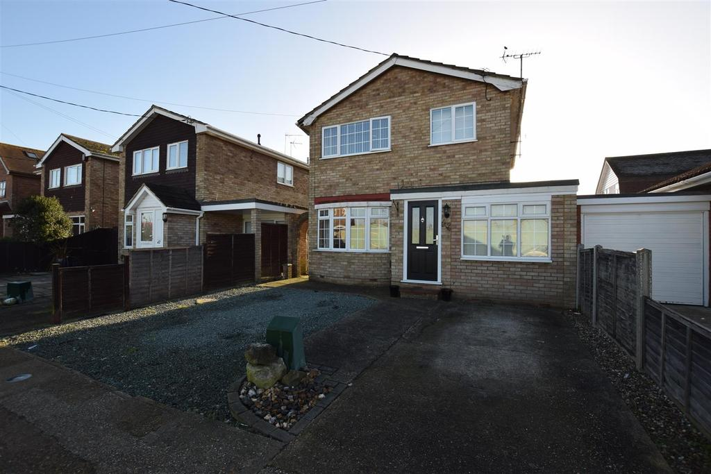 3 Bedrooms House for sale in Waarem Avenue, Canvey Island