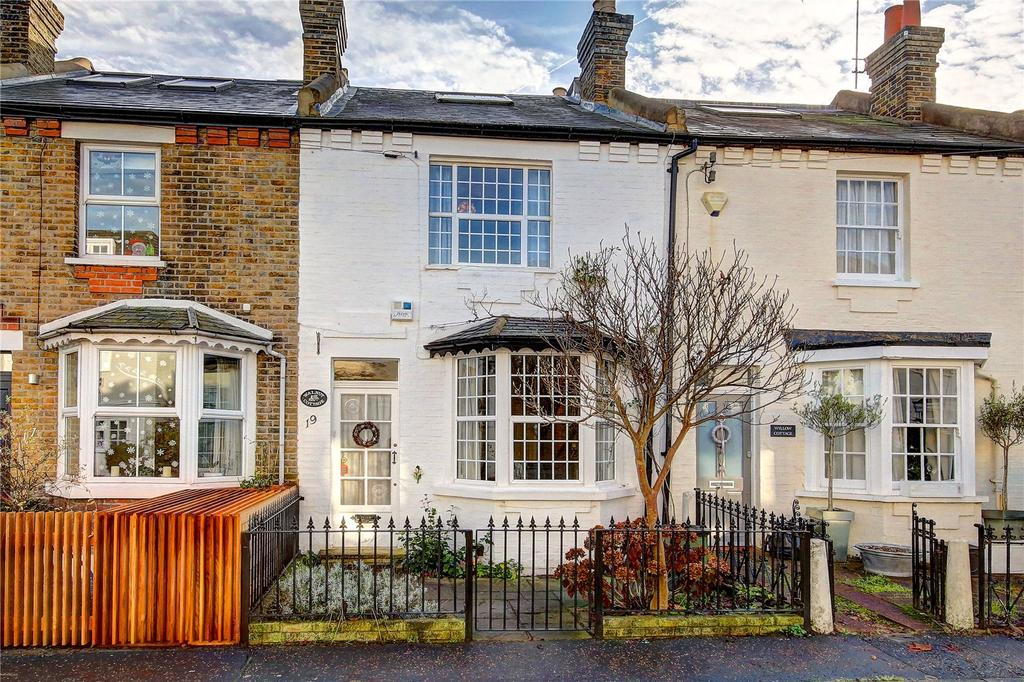 3 Bedrooms House for sale in New Road, Richmond, TW10