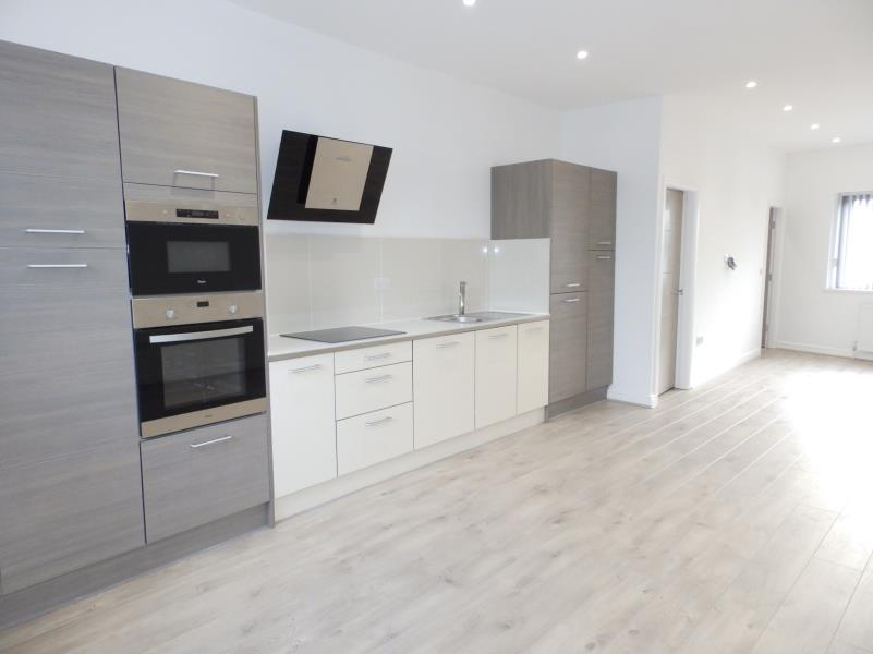 3 Bedrooms Flat for sale in MAIN STREET, SHADWELL, LEEDS, LS17 8HQ