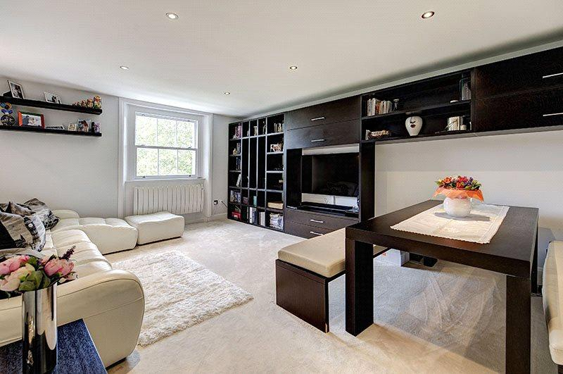 2 Bedrooms Flat for sale in Eccleston Square, Pimlico, London, SW1V