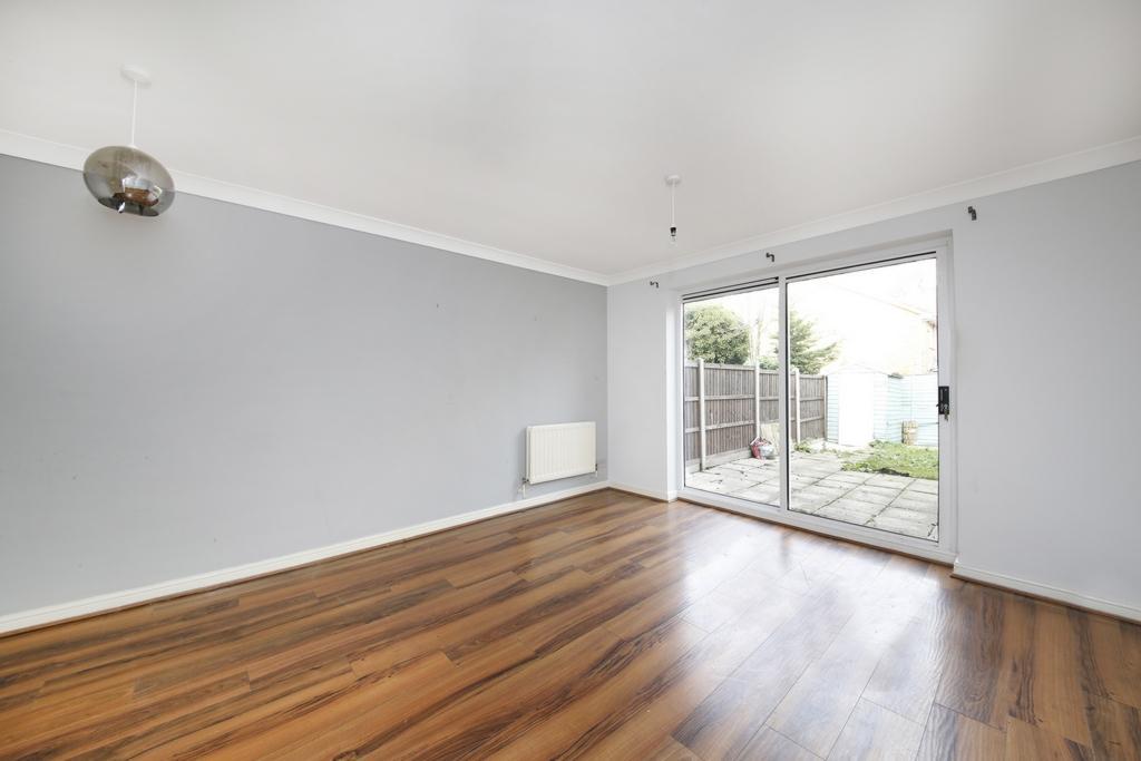 2 Bedrooms House for sale in Chestnut Close, Shardeloes Road, SE14