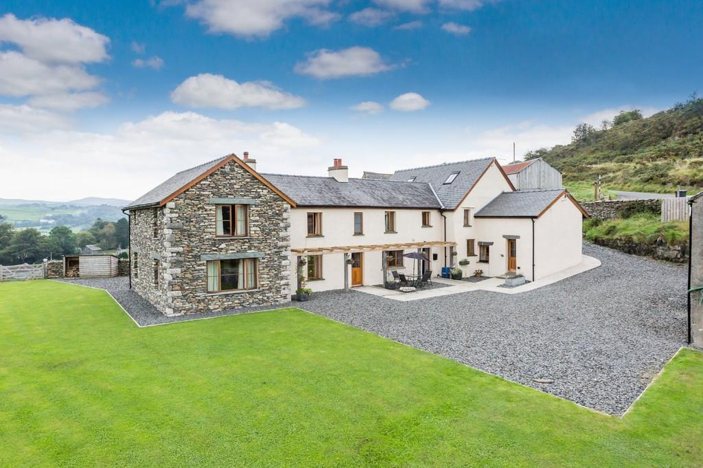 5 Bedrooms Farm House Character Property for sale in Greenhead Farm, Colton, Ulverston, LA12 8HF