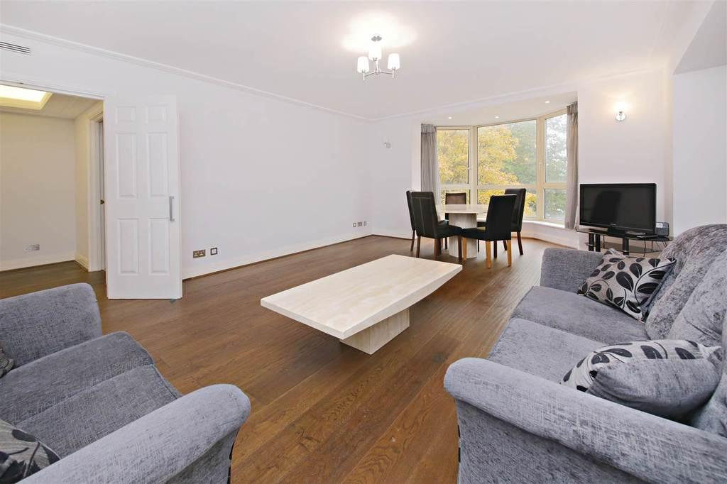 2 Bedrooms Apartment Flat for sale in Balmoral Court, Queens Terrace, St Johns Wood, London, NW8
