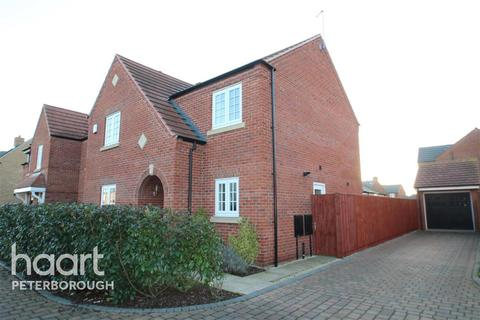 4 bedroom detached house to rent - Charlotte Way