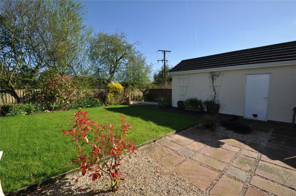 Millstream Gardens Halberton Tiverton Devon Ex16 4 Bed House For Sale 355 000