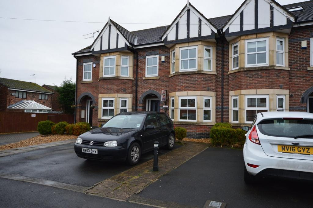 3 Bedrooms Mews House for rent in Brookside Avenue, Poynton