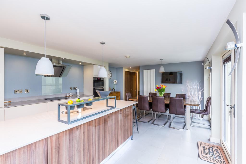 4 Bedrooms Detached House for sale in Silver Street, Branston, Lincoln