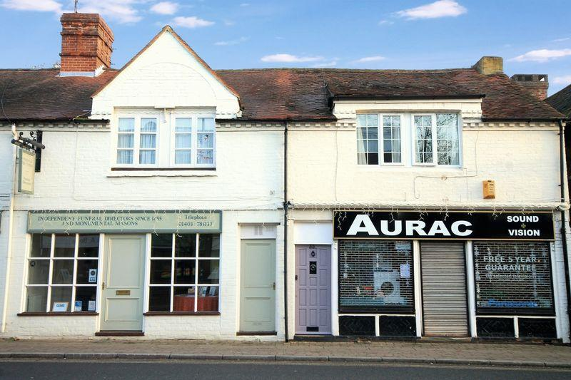 2 Bedrooms Apartment Flat for sale in High Street, Billingshurst