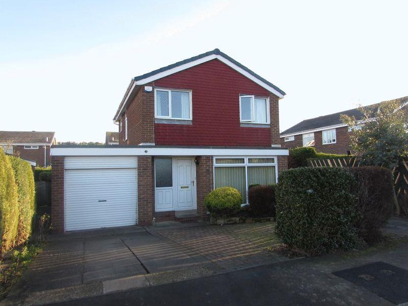 3 Bedrooms Detached House for sale in Sunholme Drive, Wallsend - Three Bedroom Detached House