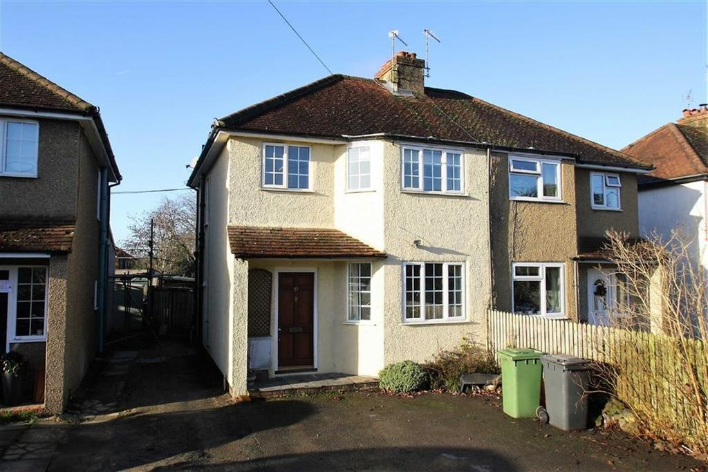 3 Bedrooms Semi Detached House for sale in Headley Road, Liphook, Hampshire, GU30
