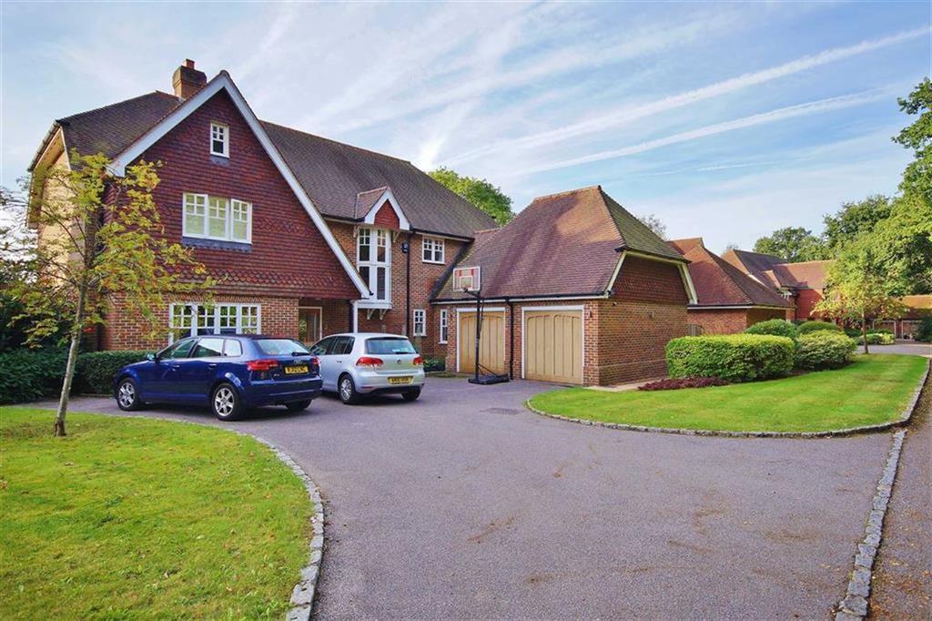 5 Bedrooms Detached House for sale in Englemere Park, Oxshott, Surrey, KT22