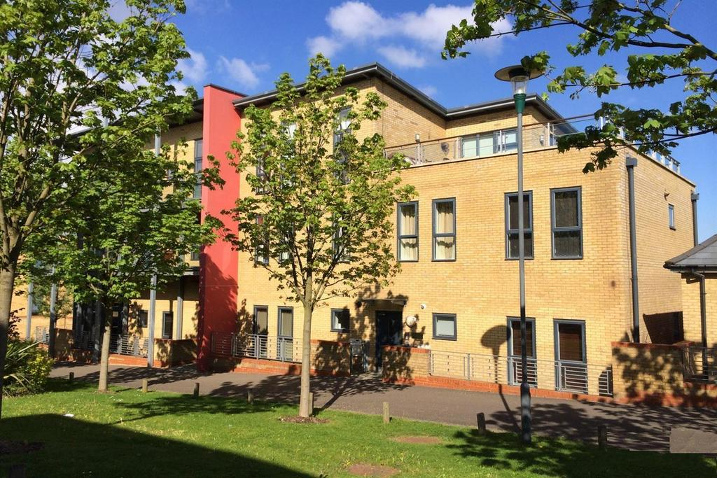 1 Bedroom Apartment Flat for sale in Park Lane, Greenhithe, DA9