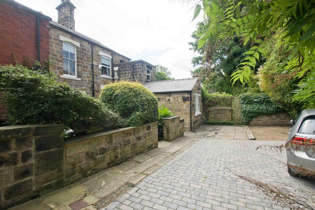 4 Bedrooms Terraced House for rent in Albert Grove, Headingley, Leeds 6