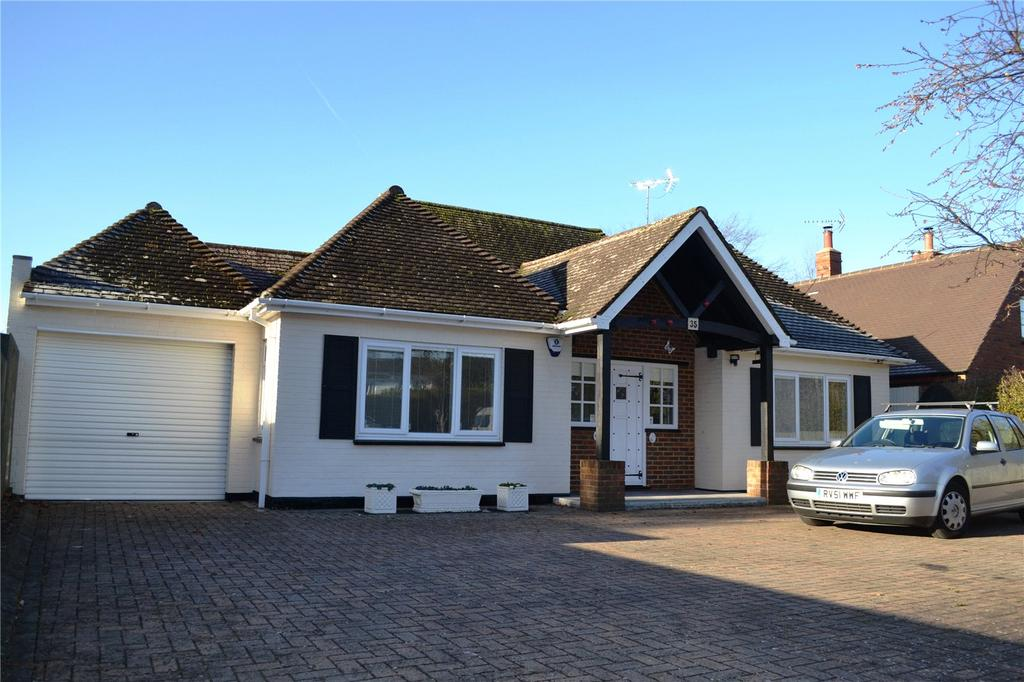 2 Bedrooms Detached Bungalow for sale in Wargrave Road, Twyford, Berkshire, RG10