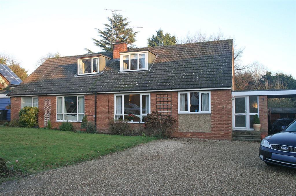 3 Bedrooms Semi Detached House for sale in Hillside Way, Welwyn, Hertfordshire