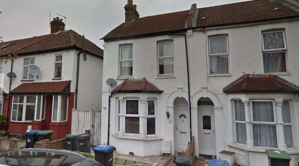 3 Bedrooms End Of Terrace House for sale in Ponders End