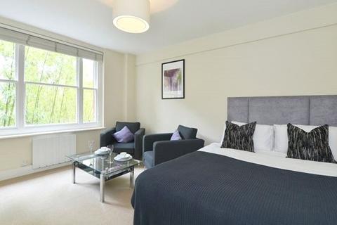 Studio to rent - Hill Street, London, W1J