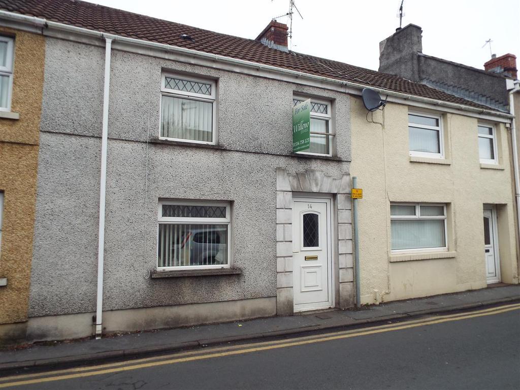 3 Bedrooms Terraced House for sale in Bryngwyn Road, Llanelli