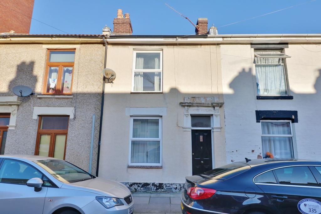 2 Bedrooms Terraced House for sale in Bramble Road, Southsea