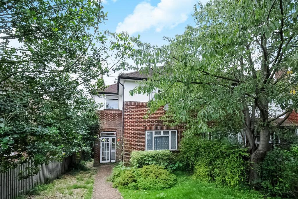 3 Bedrooms Terraced House for sale in Baring Road, Lee, SE12