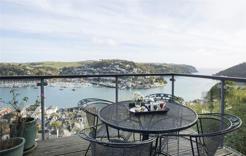 3 Bedrooms Detached House for sale in Jawbones Hill, Dartmouth, TQ6