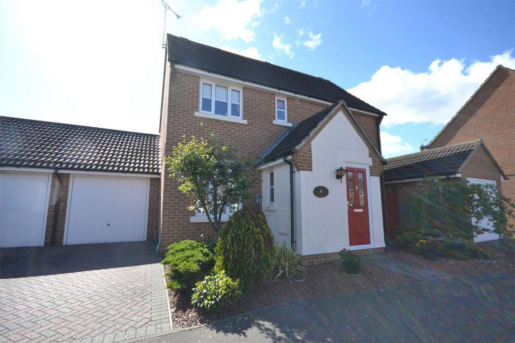 3 Bedrooms Detached House for sale in Mirosa Reach, Maldon, Essex