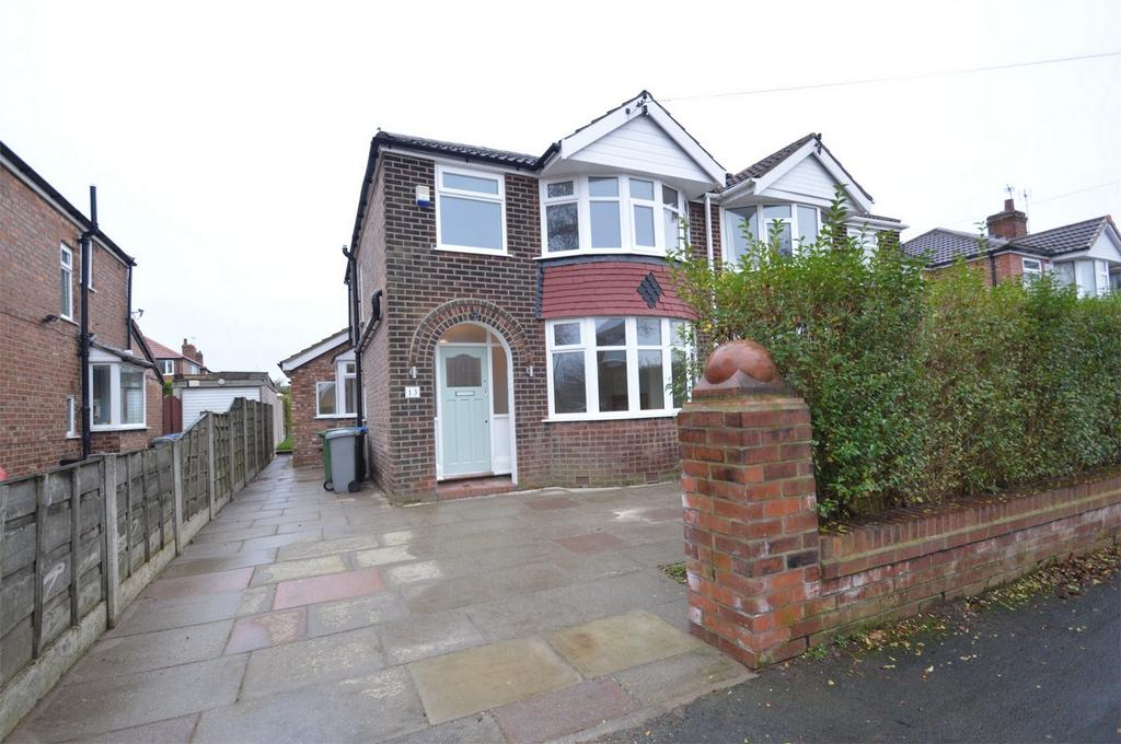 3 Bedrooms Semi Detached House for sale in Farley Road, SALE, Cheshire