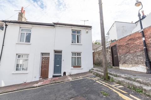 2 bedroom terraced house to rent - Railway Street, Brighton, BN1