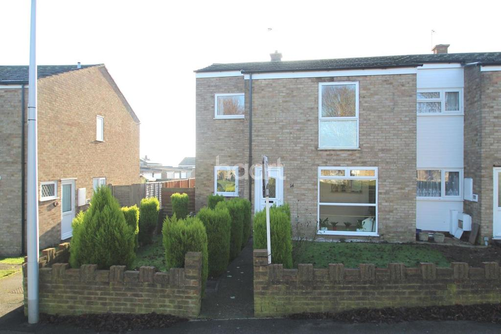 4 Bedrooms Semi Detached House for sale in St Andrews Walk, Rochester