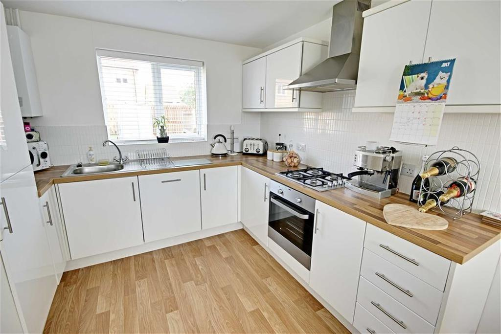 4 Bedrooms Detached House for sale in Charles Street, Boldon Colliery, Tyne And Wear