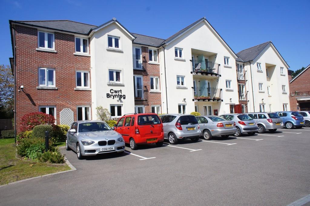 1 Bedroom Apartment Flat for sale in Cwrt Brynteg, Station Road, Radyr