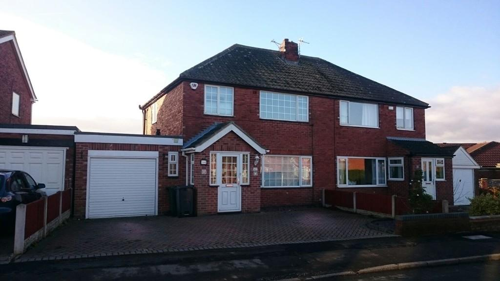 3 Bedrooms Semi Detached House for sale in The Meadows, Todwick